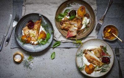 Smörstekt torsk med senapspicklade betor och yoghurt